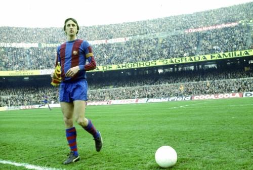巴萨/身披巴萨战袍的克鲁伊夫曾是西班牙联赛的王者。