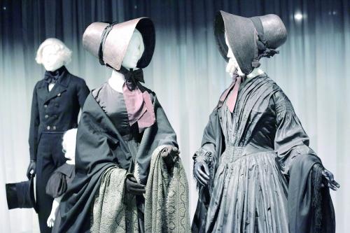 维多利亚时代的丧服时尚