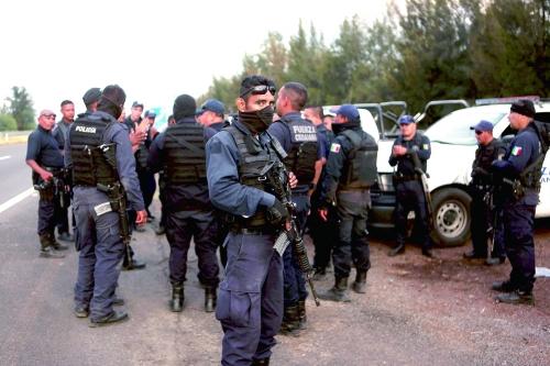 """墨西哥政府与犯罪团伙爆发""""最血腥枪战"""""""